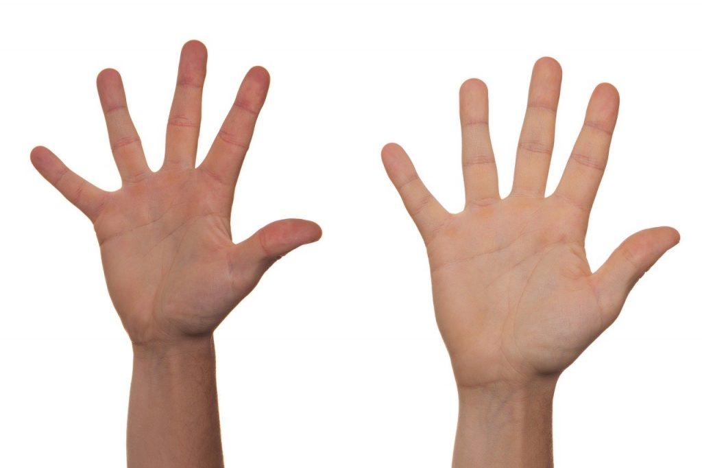 Domowe sposoby na spierzchnięte i suche dłonie
