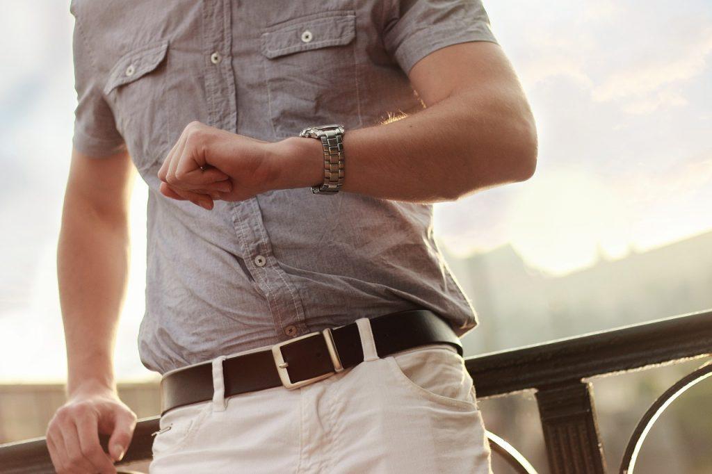 Stylowe zegarki, które łączą elegancję, klasykę i nowoczesność