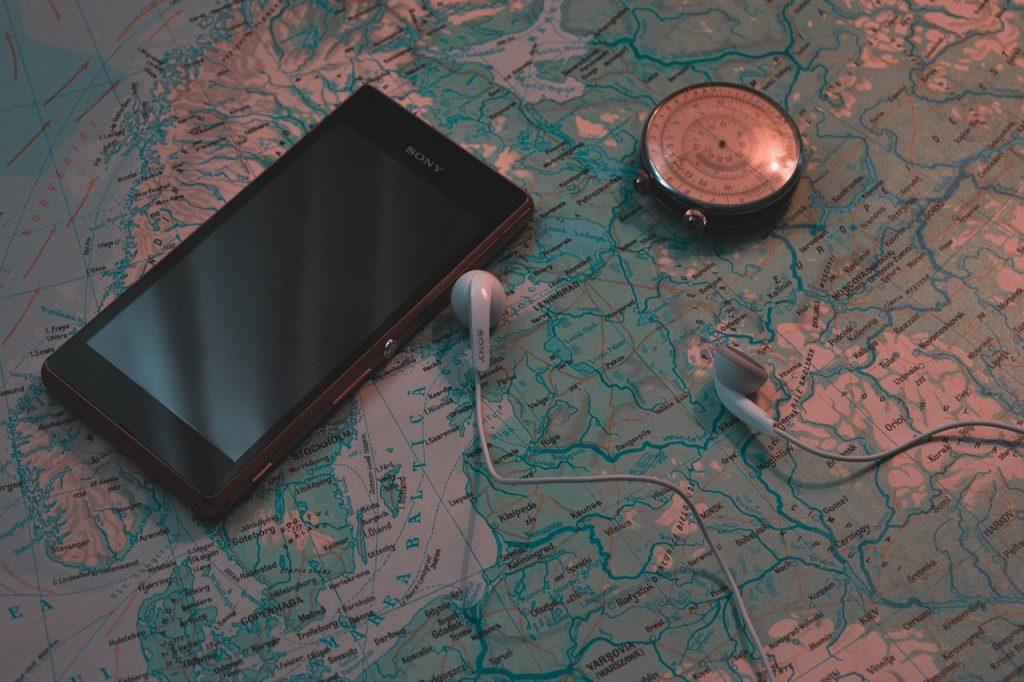 Nadajnik GPS – historia, zalety i zastosowanie