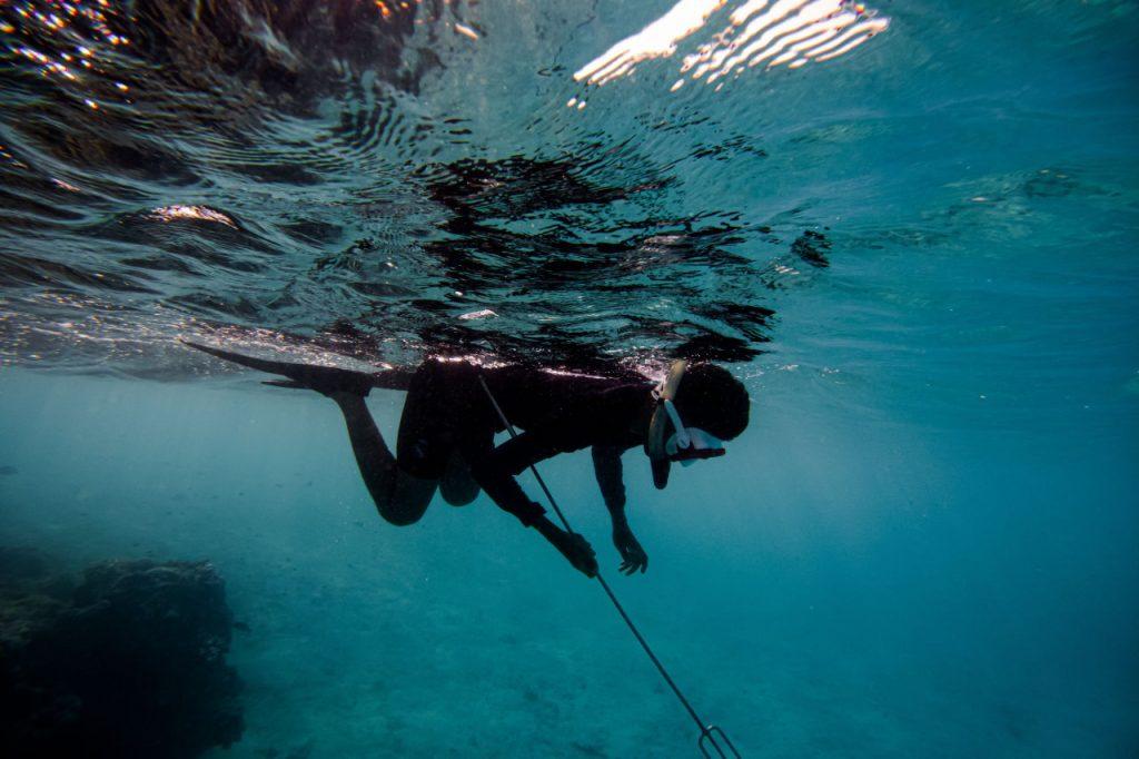 Spearfishing—wędkowanie dla prawdziwych mężczyzn